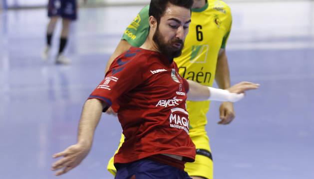 Álex Llamas seguirá en Osasuna Magna hasta el 2022.