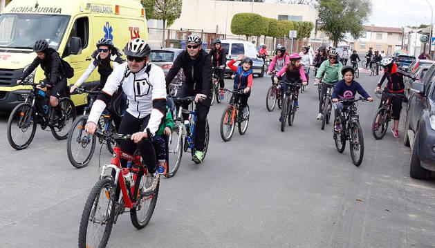 Participantes de todas las edades tomaron parte en el Día de la Bicicleta de Cabanillas, Fustiñana, Buñuel, Cortes y Ribaforada.