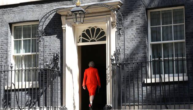 El ministro de Sanidad se suma a la carrera conservadora para suceder a May
