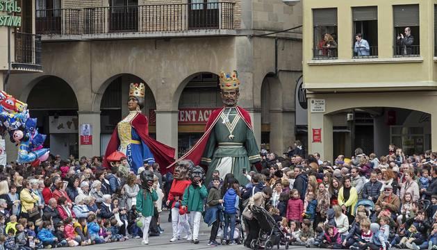 Gigantada en las fiestas de la Virgen del Puy de Estella