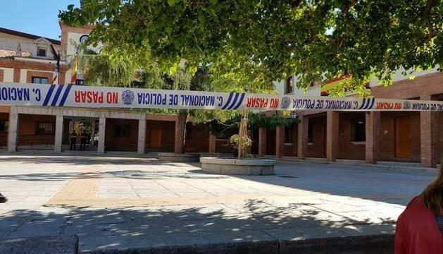 La Policía Nacional realiza una operación con registros en dependencias del Ayuntamiento de Las Rozas.