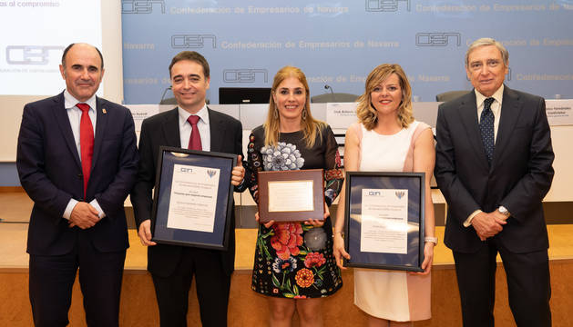 De izda. a dcha., Manu Ayerdi, Ignacio Ezpeleta, Nuria Mutuberria, Marta Barja y José Antonio Sarría.