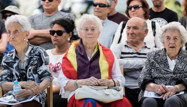 Pilar García escuchaba conmovida los distintos testimonios.