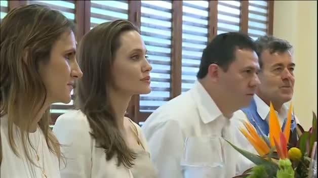 Angelina Jolie se reúne con el presidente de Colombia