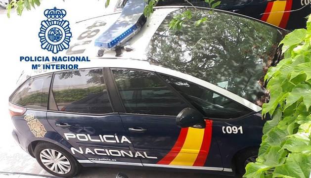 foto de Un coche de la Policía Nacional, en una operación anterior.