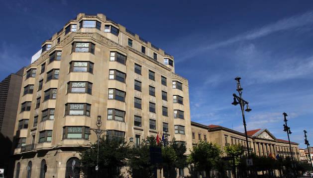 Sedes de Hacienda y del Gobierno de Navarra, en Pamplona.