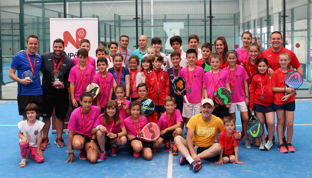 El Club Tenis Pamplona gana el Campeonato Navarro por Equipos de Menores