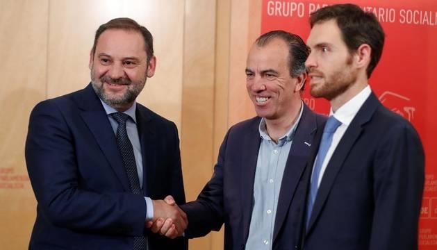 Navarra Suma avisa de que votará en contra de Sánchez si Chivite gobierna Navarra
