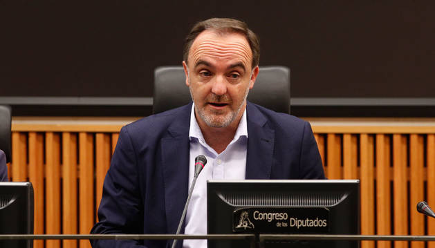 Esparza (Navarra Suma) acusa a Chivite de