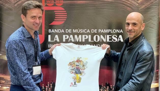César Oroz diseña una camiseta a La Pamplonesa por  centenario