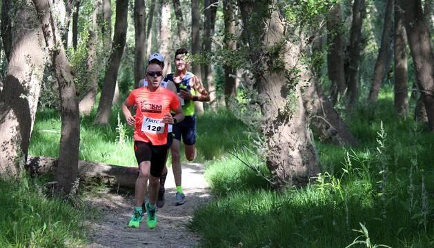 Más de 300 corredores despidieron a la carrera a temporada en la tradicional cita que rindió homenaje a Pablo Ariza.