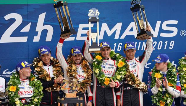 Fernando Alonso gana el Mundial de Resistencia tras vencer en Le Mans