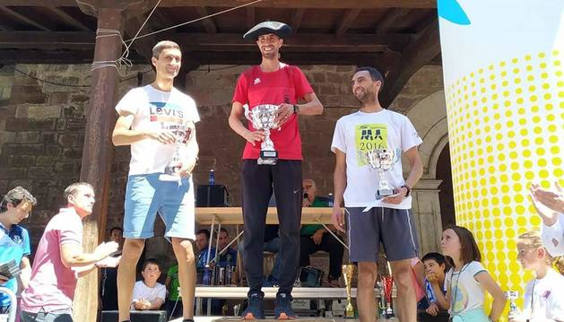 Santesteban estrena vencedor en su cross