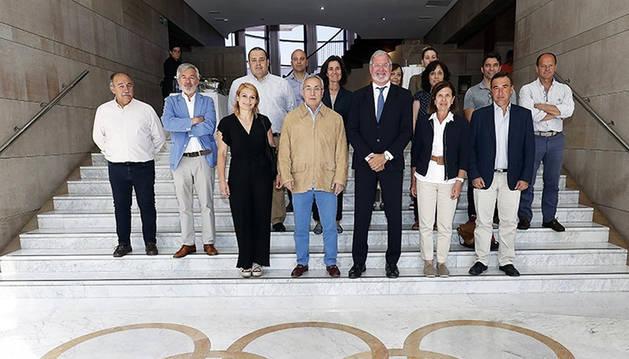 Autoridades del COE tras la presentación de los datos del estudio del mapa del deporte de España.