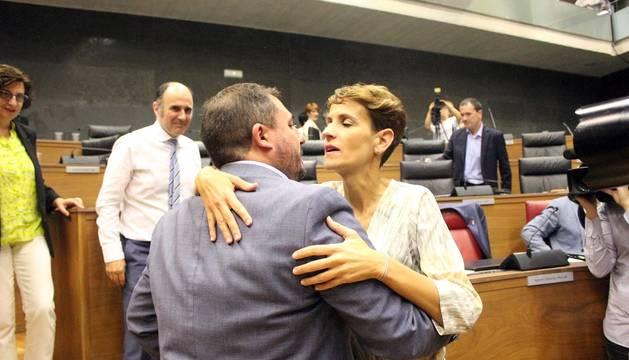 Constitución de la mesa del Parlamento de Navarra