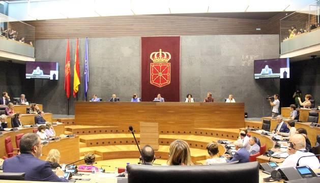 El parlamentario de Geroa Bai Unai Hualde ha sido elegido este miércoles presidente de Parlamento de Navarra, en segunda votación, con los votos de su grupo, el PSN, EH Bildu, Podemos e Izquierda-Ezkerra.