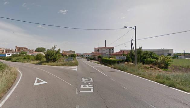 Acceso a El Villarr de Arnedo por la LR-123