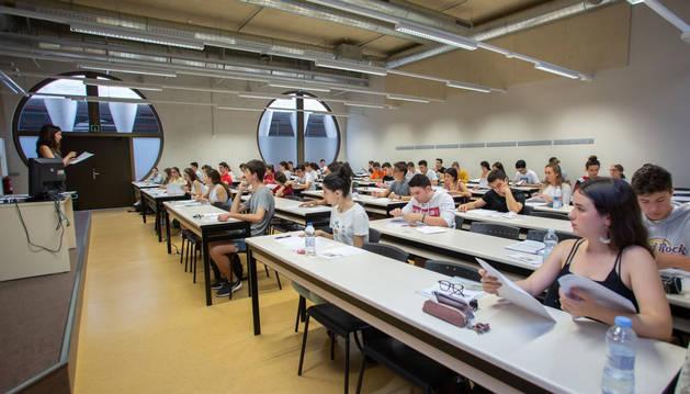 Estudiantes, en la convocatoria de la EvAU de este año 2019.