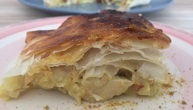 Esta tarta de pasta brick con pollo al curry es una de las tres recetas de hoy.