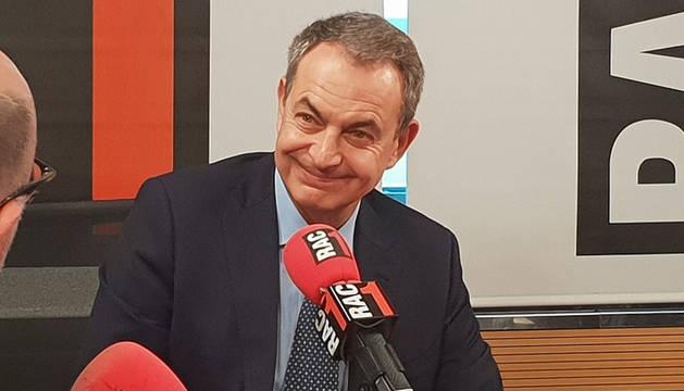 Foto del expresidente José Luis Rodríguez Zapatero, durante la entrevista.