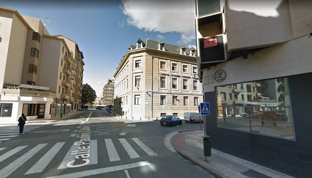 Foto del cruce de la calle Paulino Caballero con calle Navarro Villoslada.