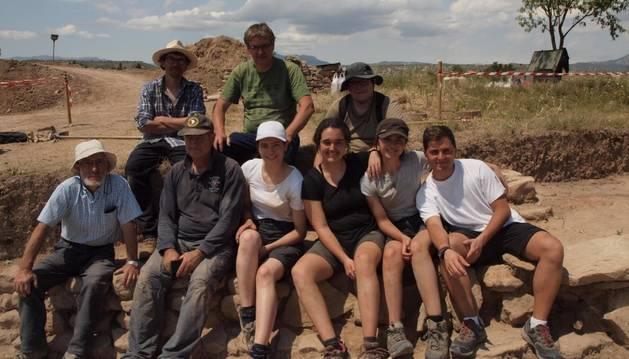 Algunos de los participantes de la excavación.