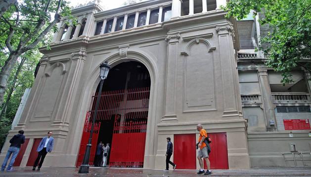 foto de Puerta principal de la Plaza de Toros de Pamplona