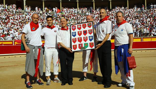 El alcalde de Pamplona agradeció el cariño que mostró sombra.