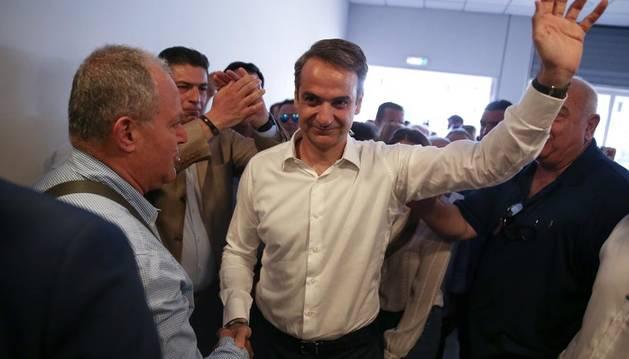 El líder de Nueva Democracia, Kyriakos Mitsotakis, tras conocer el resultado de las elecciones.