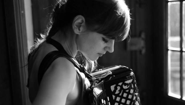 La acordeonista Edurne Arizu.