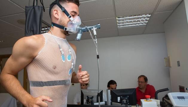 Oier, Rubén Martínez, Sergio Herrera, Juan Pérez, Nacho Vidal, Iñigo Pérez, Antonio Otegui, Kike Barja y Luis Perea han superado este miércoles el reconocimiento médico.