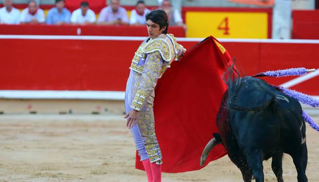 Foto de Sebastián Castella, en la corrida de este miércoles en Pamplona.