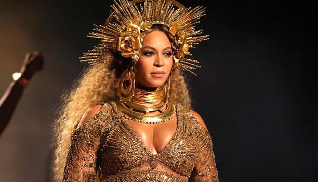 Beyonce ha prestado su voz a Nala en la película