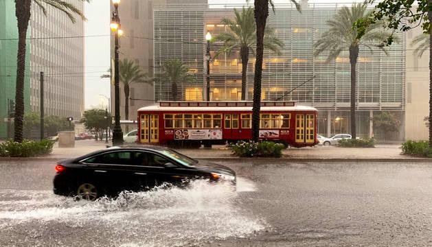 Una calle inundada este jueves en Nueva Orleans.
