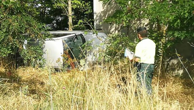 Estado en el que quedó el vehículo tras sufrir el accidente en la A-12.