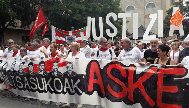 Concentración en Sanfermines para pedir la libertad de los condenados por la agresión a dos guardias civiles en Alsasua.