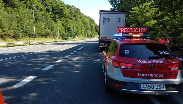 Detenido un camionero ebrio que dormía con el vehículo parado en la N-121-A