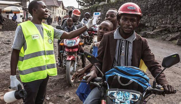 Foto de un control sanitario en la ciudad de Goma.