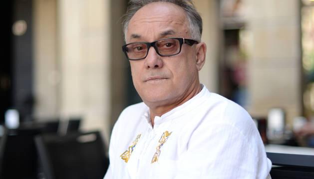 El director artístico del Festival de Olite, Luis F. Jiménez, ayer, en Pamplona.