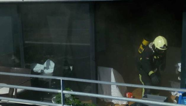 Foto del incendio de la vivienda en Noáin.