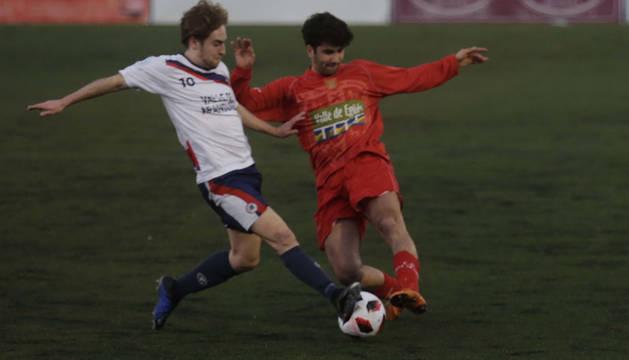 Foto de un partido de la pasada temporada entre la Mutilvera y el Valle de Egüés.