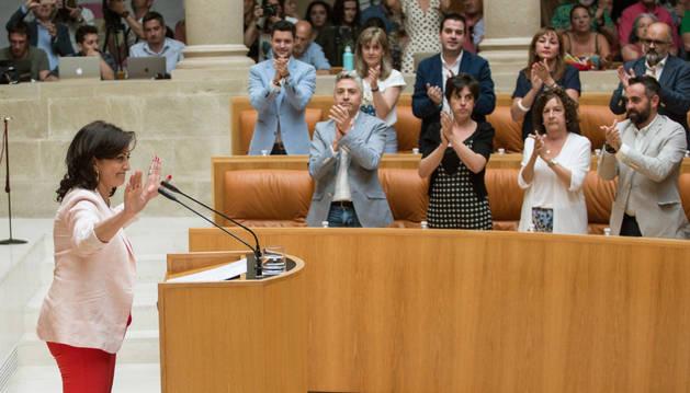 Foto de la candidata del PSOE a la presidencia del Gobierno de La Rioja, Concha Andreu, durante su intervención en la investidura en segunda votación.