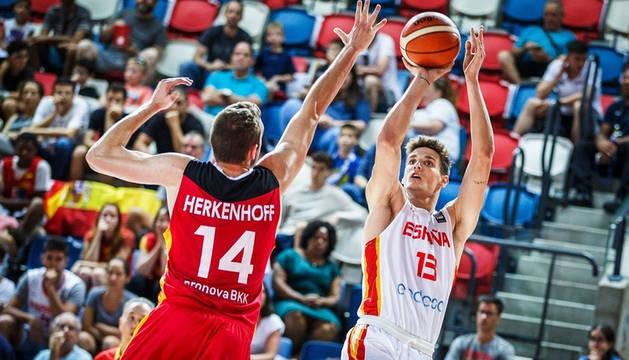 España arrolló a Alemania en la semifinal del Eurobasket sub 20.