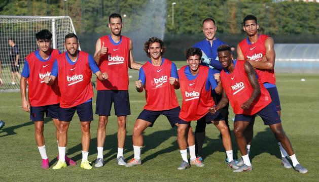 Parte de los jugadores del primer equipo del FC Barcelona durante una sesión de pretemporada.