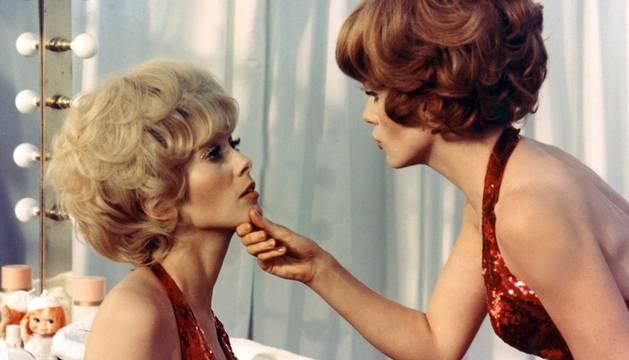Fotógrama de la película 'Las señoritas de Rochefort'