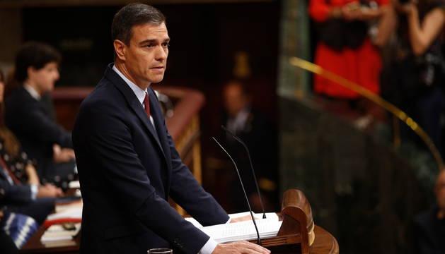Pedro Sánchez, en un momento de la sesión de investidura de este lunes.
