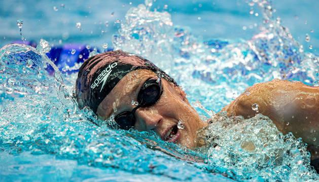Mireia Belmonte compite en los 1500 m durante el Campeonato Mundial FINA de Gwangju
