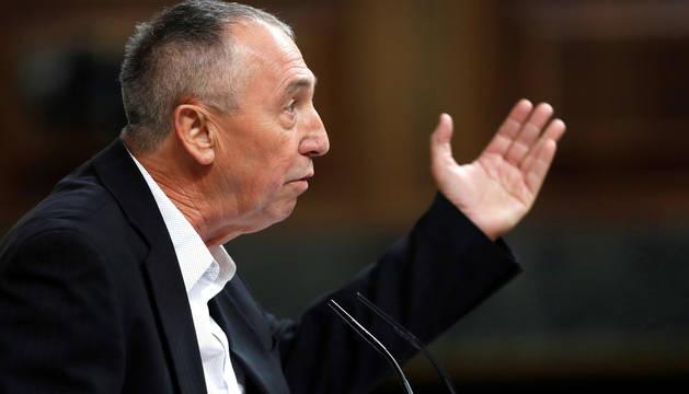 El portavoz de Compromís, Joan Baldoví, durante su intervención en el debate de investidura.