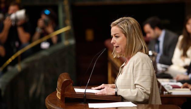 La portavoz de Coalición Canaria en el Congreso, Ana Oramas,  interviene en la segunda sesión del debate de investidura de Pedro Sánchez.
