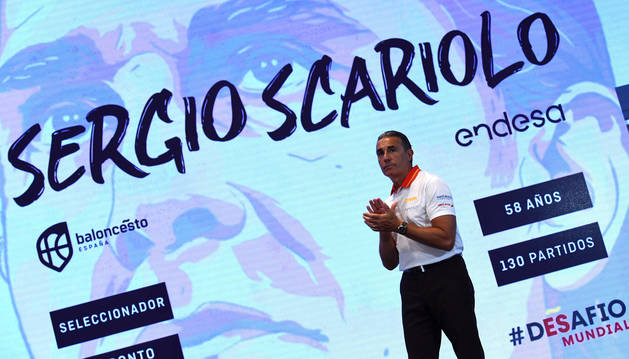 Foto del seleccionador nacional, Sergio Scariolo, durante el acto de presentación de la selección española masculina de baloncesto.
